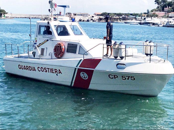 Bagnino assente, sanzionati 3 stabilimenti balneari a Ischia